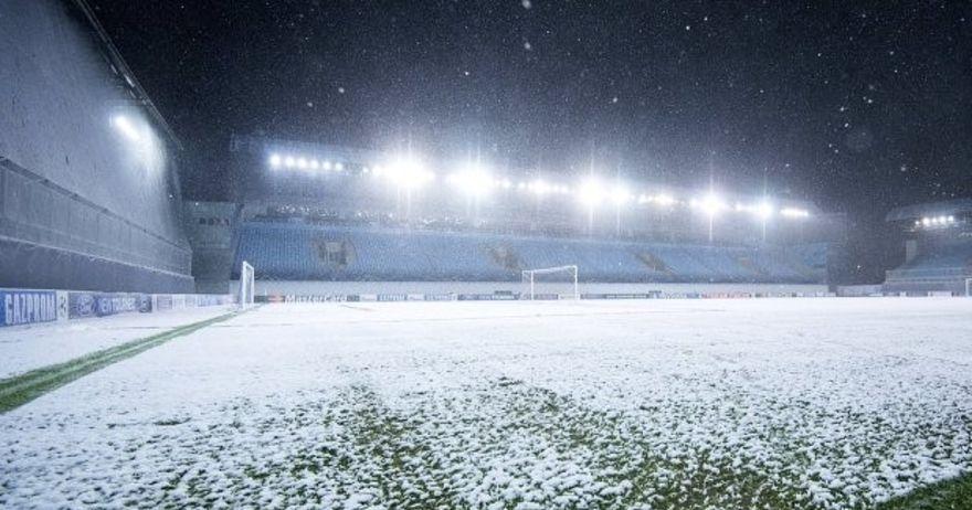 Футбол зимой